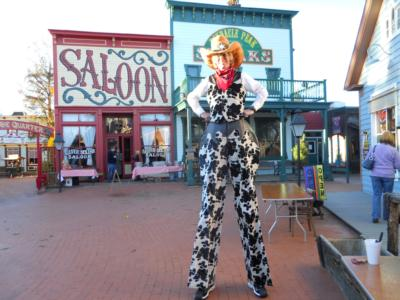 Green Jellybean Entertainment | Tucson, AZ | Stilt Walker | Photo #4