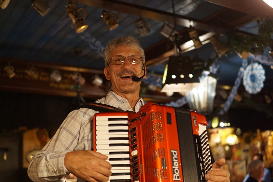 Larry Roberts Polkas and More - Polka Band - Fort Lauderdale, FL