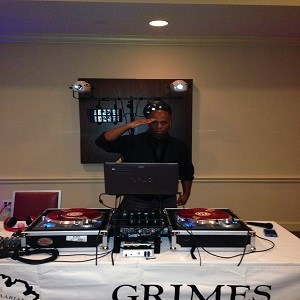 Newington Party DJ | DJ Damien Williams Premier Mobile Dj Service