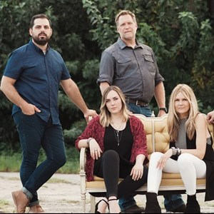 Screven Acoustic Band | Tell Scarlet