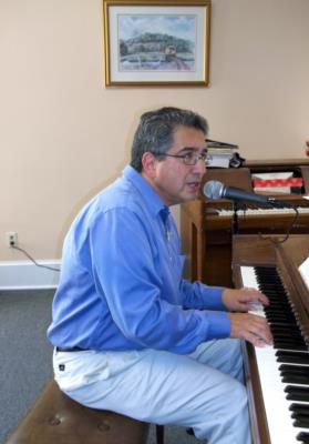Sal Anastasio | East Haven, CT | Piano | Photo #4