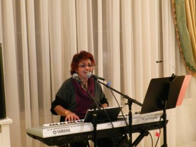 Renuka Samath | La Verne, CA | Singing Pianist | Photo #2