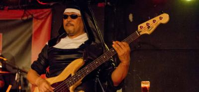 NUNS 'N MOSES | San Diego, CA | Guns N Roses Tribute Band | Photo #4