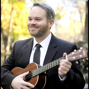 Montpelier Jazz Singer | Johnny Herbert - Piano and Ukulele