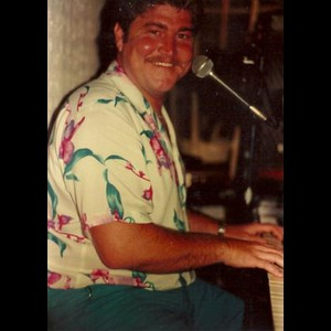 Arlington Variety Singer | Johnny Dee
