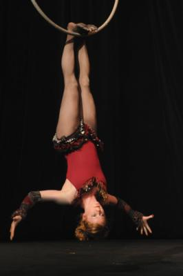 Kelly Jo Stull - Circus Extraordinaire | Baltimore, MD | Acrobat | Photo #13