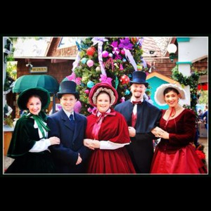 The Fireside Carolers - Christmas Caroler - Mission Viejo, CA