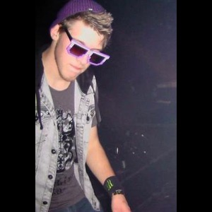 Nikky Sikk - Club DJ - Chesterfield, MI
