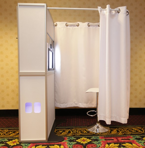 Showcase Photo Booth - Photo Booth - Fairport, NY