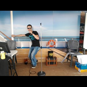 Sandgap Karaoke DJ | Kick'n Karaoke & DJ Entertainment