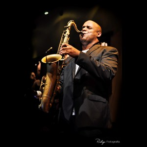 Lovelaceville Woodwind Ensemble | Saxophonist Aldo Salvent