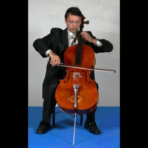 Columbus Cellist | Kalin Ivanov