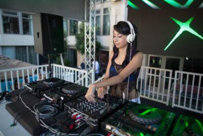 Breesa Renee | Newport Beach, CA | DJ | Photo #5