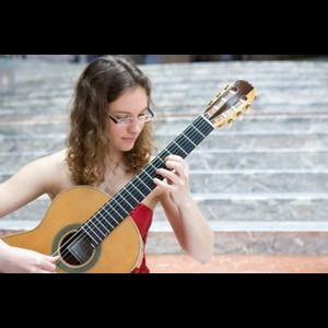 Classical guitar woman - Guitarist - New Haven, CT