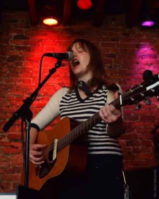 Lindsay Dragan | Brooklyn, NY | Singer Guitarist | Photo #7