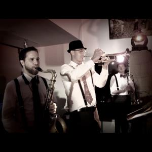 Lawrence Wedding Band | Josh Espinoza's Jazz Diplomats