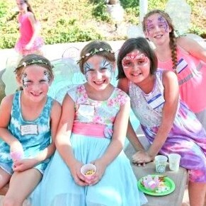 Plan a kids' party in Overgaard, AZ
