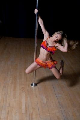 Colleen - Acrobatic Pole Performer | New York, NY | Acrobat | Photo #4
