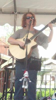 Leanne Regalla | Ambridge, PA | Pop Acoustic Guitar | Photo #16
