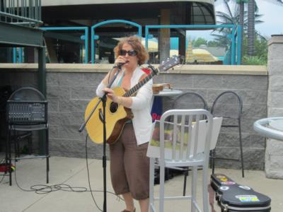 Leanne Regalla | Ambridge, PA | Pop Acoustic Guitar | Photo #18