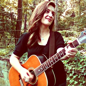 Searcy Folk Singer | Amy Andrews