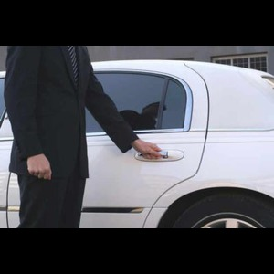 Odyssey Premier Limousine and Car Service - Event Limo - Wooster, OH