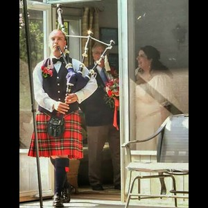 District of Columbia Wedding Singer | The Professional Piper