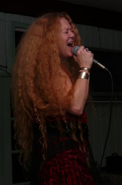 Pearl Moon - a Janis Experience - Janis Joplin Tribute Act - Eugene, OR