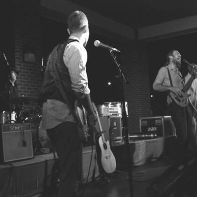 Mending Wall | Athens, TN | Americana Band | Photo #2