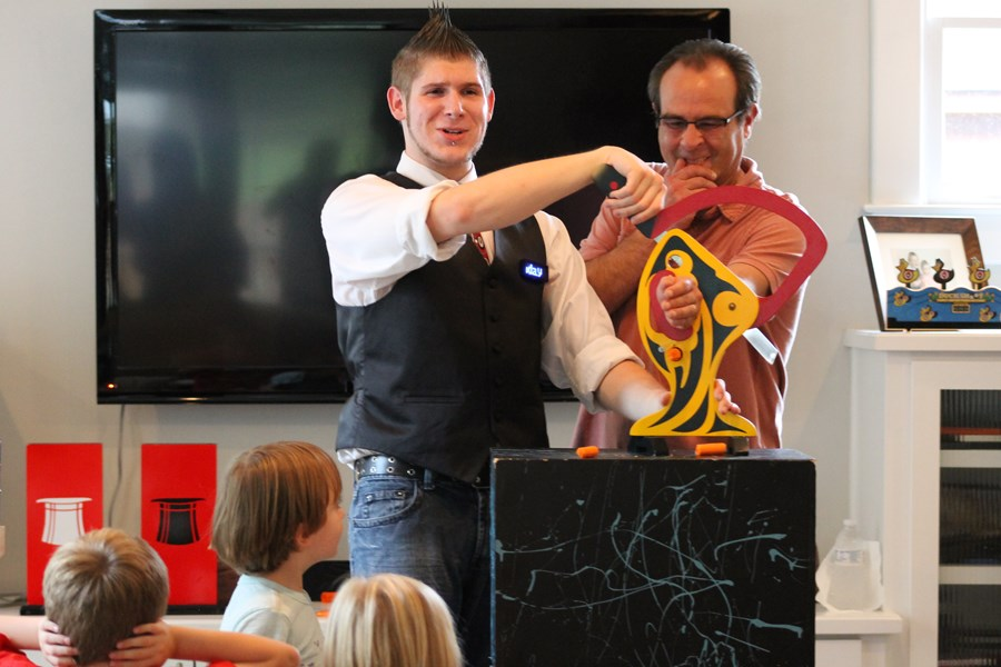 The Magic Of Avery Flynn - Magician - Oakwood, GA