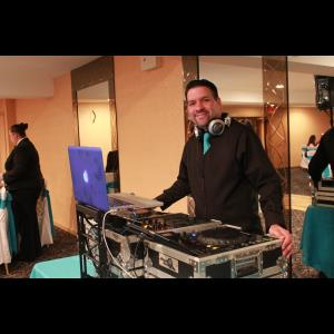 New York City Latin DJ | D j Radical