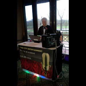 Louisiana Karaoke DJ | RIVER CITY ENTERTAINMENT