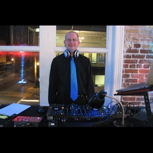Grove City Mobile DJ | DJ Waldo Productions