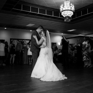 New Edinburg Wedding DJ | Line 7 Entertainment