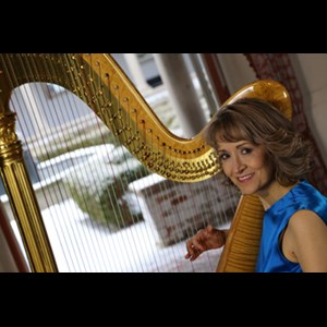 Cross Plains Harpist | Ann Lobotzke