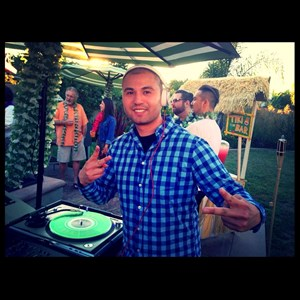 Topanga Latin DJ | DJ Criss Beatz Entertainment