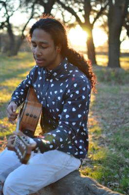 Kylle Thomasson | Stockton, CA | Acoustic Guitar | Photo #2