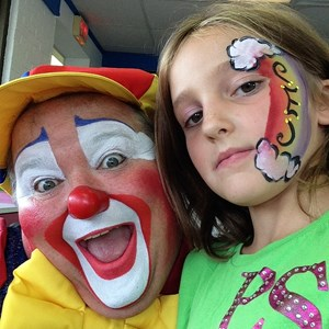 Oxford Party Inflatables | BoHo the Clown Magic and Inflatables