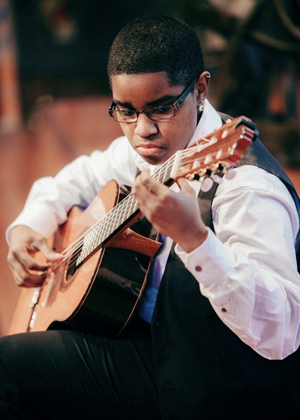 Ciyadh Wells - Classical Guitarist - Louisville, KY