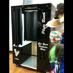 Rockland Photo Booth | Fond Memories Photo Booth