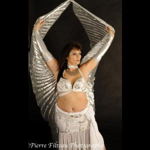 Laval Belly Dancer | Christine Belly dancer