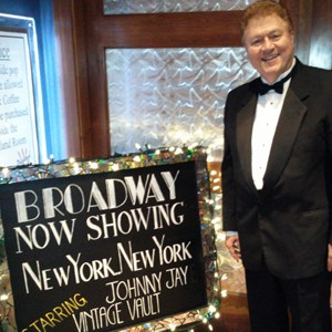 De Pere Broadway Singer | Johnny Jay Singing Sinatra & the Great Crooners!