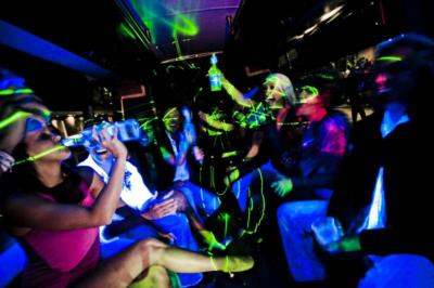 ABC Rides: Limousines & Karaoke Limo Buses  | Dallas, TX | Party Bus | Photo #4