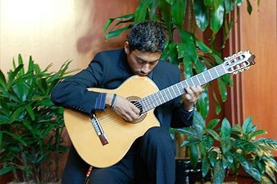 Cruz Rodriguez Spanish/Classical Guitarist - Classical Guitarist - Chula Vista, CA