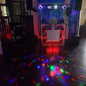 Tampa, FL DJ | Sights & Sounds Entertainment