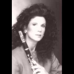 Seattle Chamber Music Duo | Maryanne Lacaille-Clarinetist