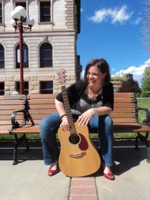 Kelly Spicer, Acoustic Solo | Centennial, CO | Singer Guitarist | Photo #2