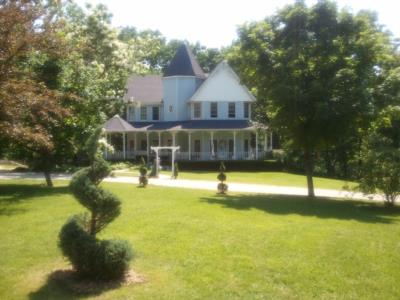 HAWK POINT B&B AND WEDDING VENUE | Saint Louis, MO | Venue | Photo #8