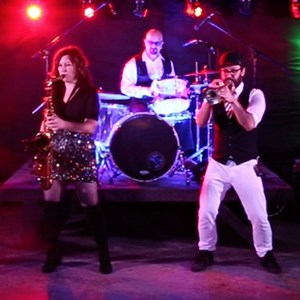 Nashville, TN Dance Band | Radio Incorporated
