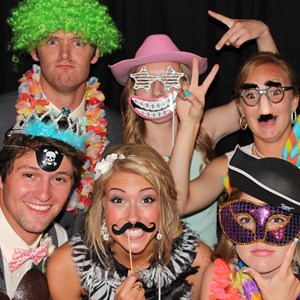 Waters Wedding Photographer | Happy Snappy Photo Booth